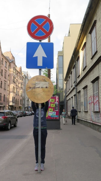 round paintings : streets of rīga : 2016